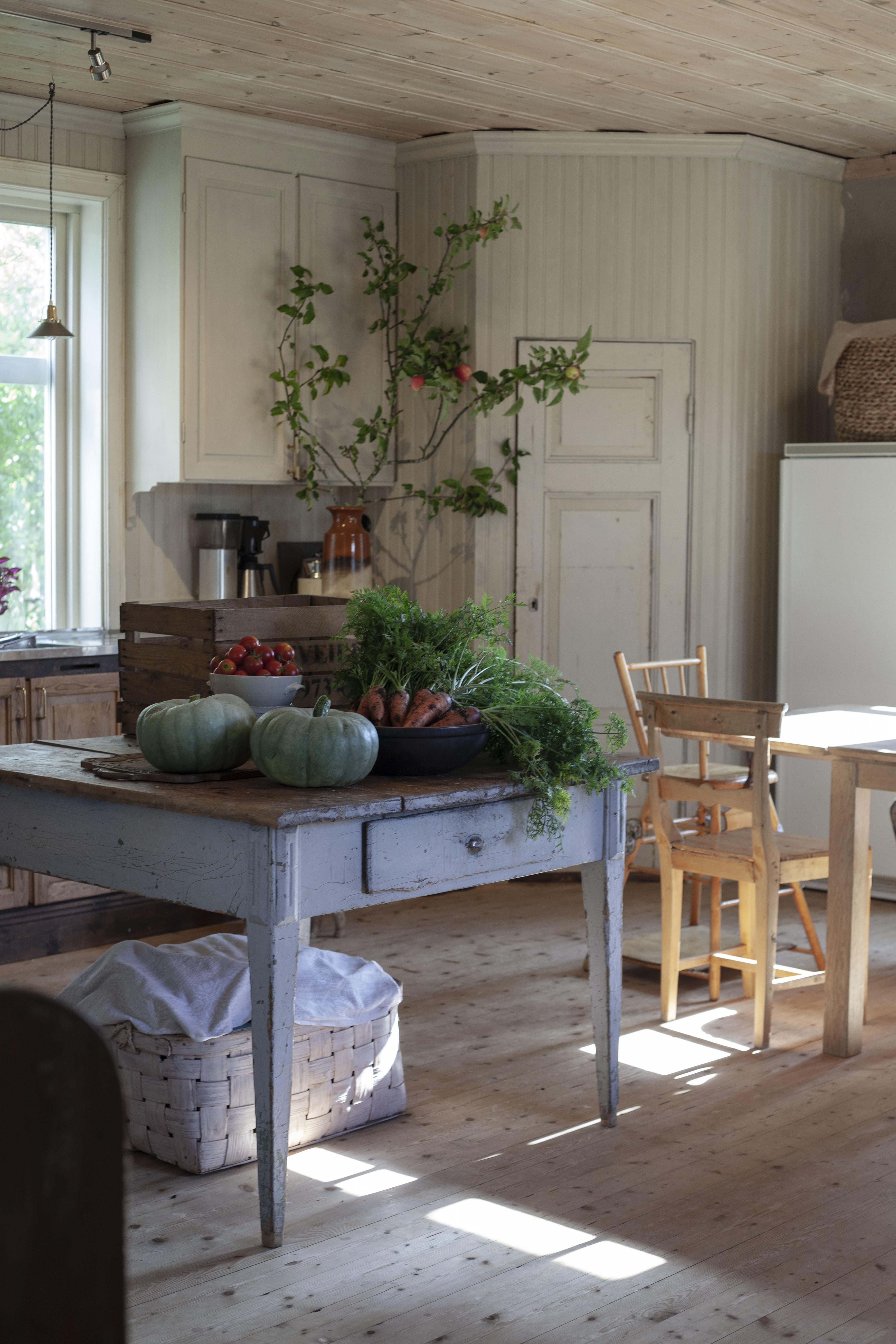 Äppelträd i köket