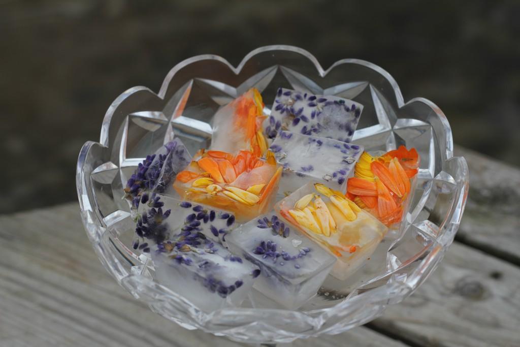 Is med blommor