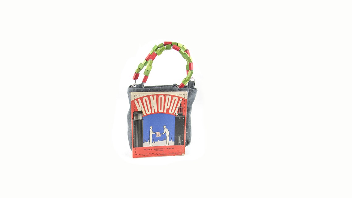 Lucka 19 Boardgame handbag
