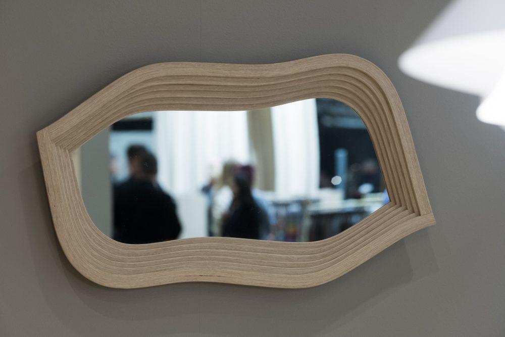 Spegeln Mirror, av spillmaterial, vinnare av designpriset Born Classic