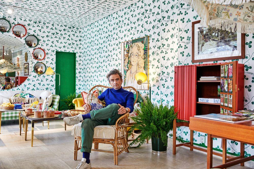 Jean-Philippe Demeyer tolkar Tolvekarna i utställning på Svenskt Tenn